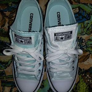 7.5 light blue converse